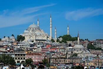 Ростуризм напомнил о штрафах для туристов без масок в Турции