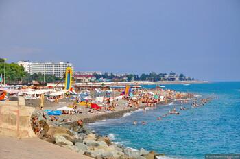 Смерч разрушил пляж в Сочи