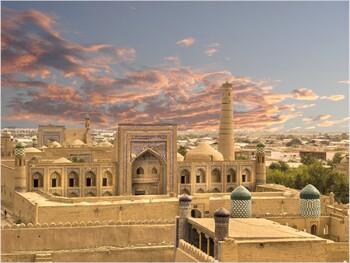 Узбекистан выплатит туристам по 3000 долларов в случае заражения коронавирусом