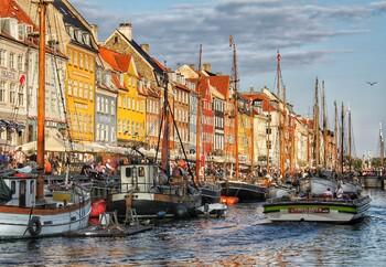 В Дании открыли кафе и рестораны