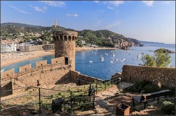 В Испании представили план по снятию ограничений