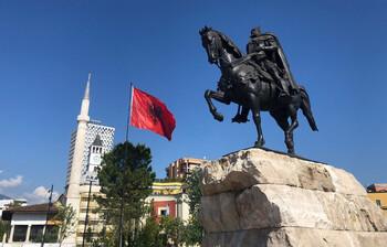 «Уральские авиалинии» запустили рейсы из Москвы в Албанию