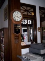 LIBRARY CLOCK
