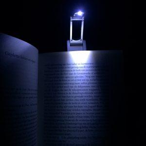 Leeslampje in actie