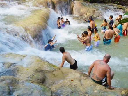 Dunn's River Falls   Book Jamaica Excursions   bookjamaicaexcursions.com   Karandas Tours