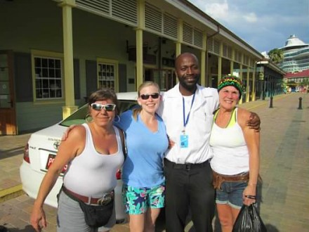 Healthy Smiles | Book Jamaica Excursions | bookjamaicaexcursions.com | Karandas Tours