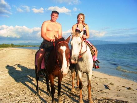 Heritage Beach Horseback Ride   Book Jamaica Excursions   bookjamaicaexcursions.com   Karandas Tours