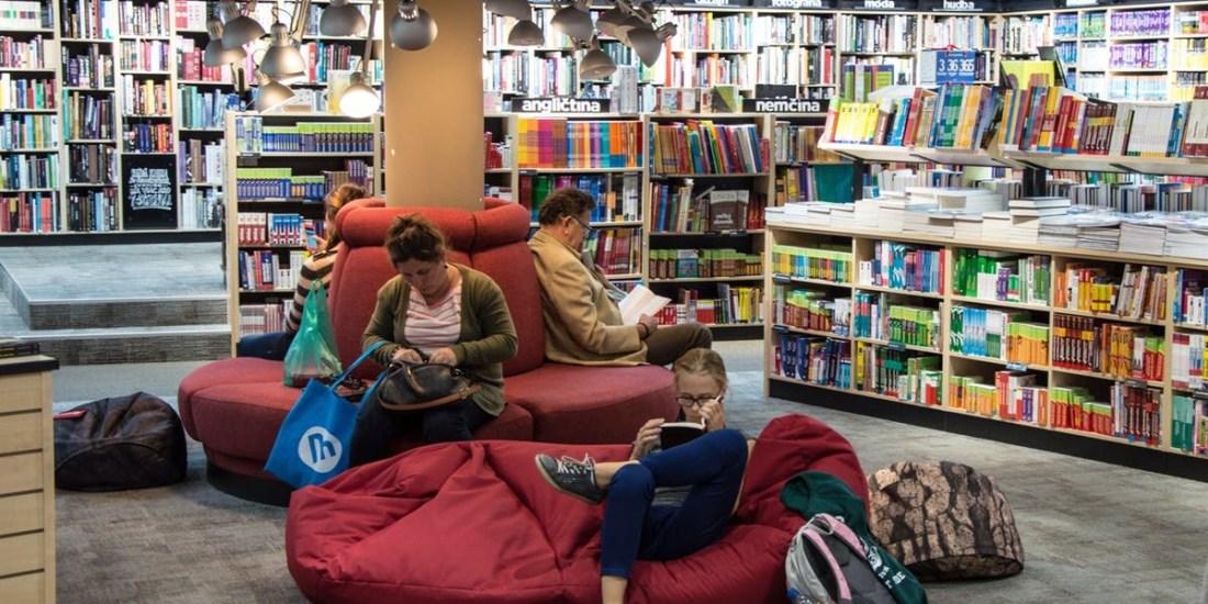 Will AI Make Libraries Go Extinct?