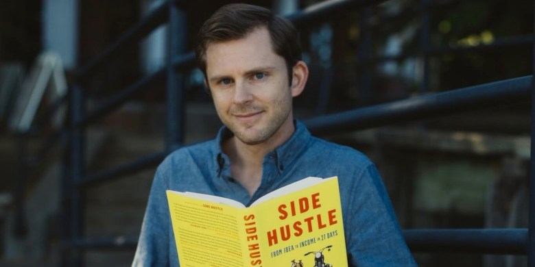 Book Review Side Hustle