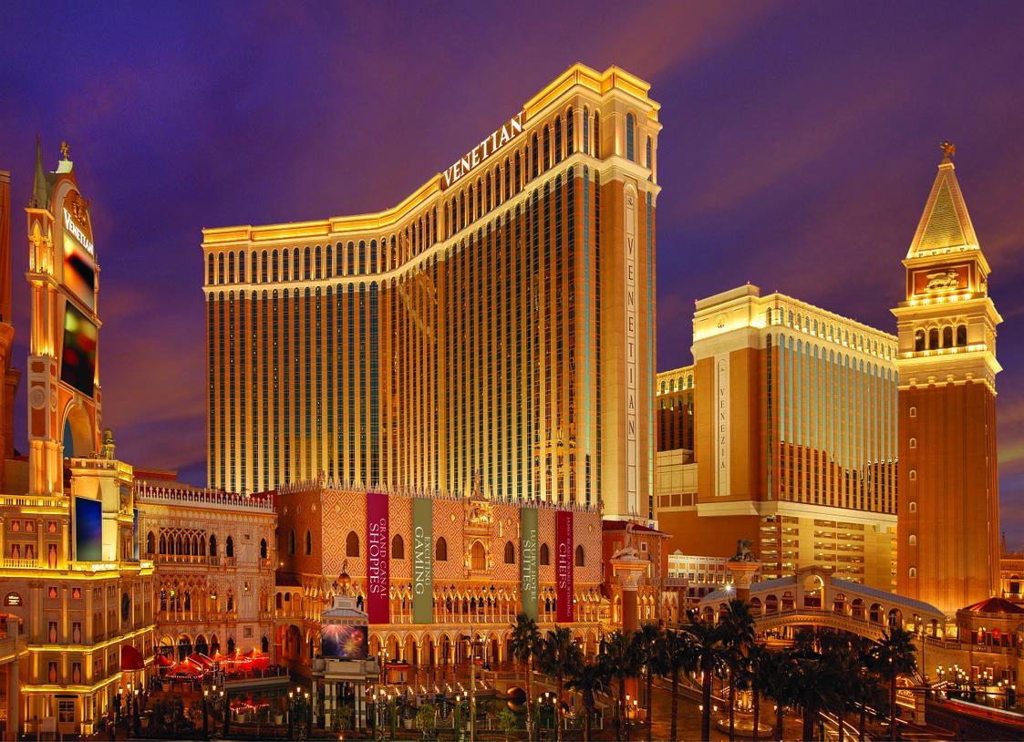 Выручка Las Vegas Sands Corp. упала более чем на 50%