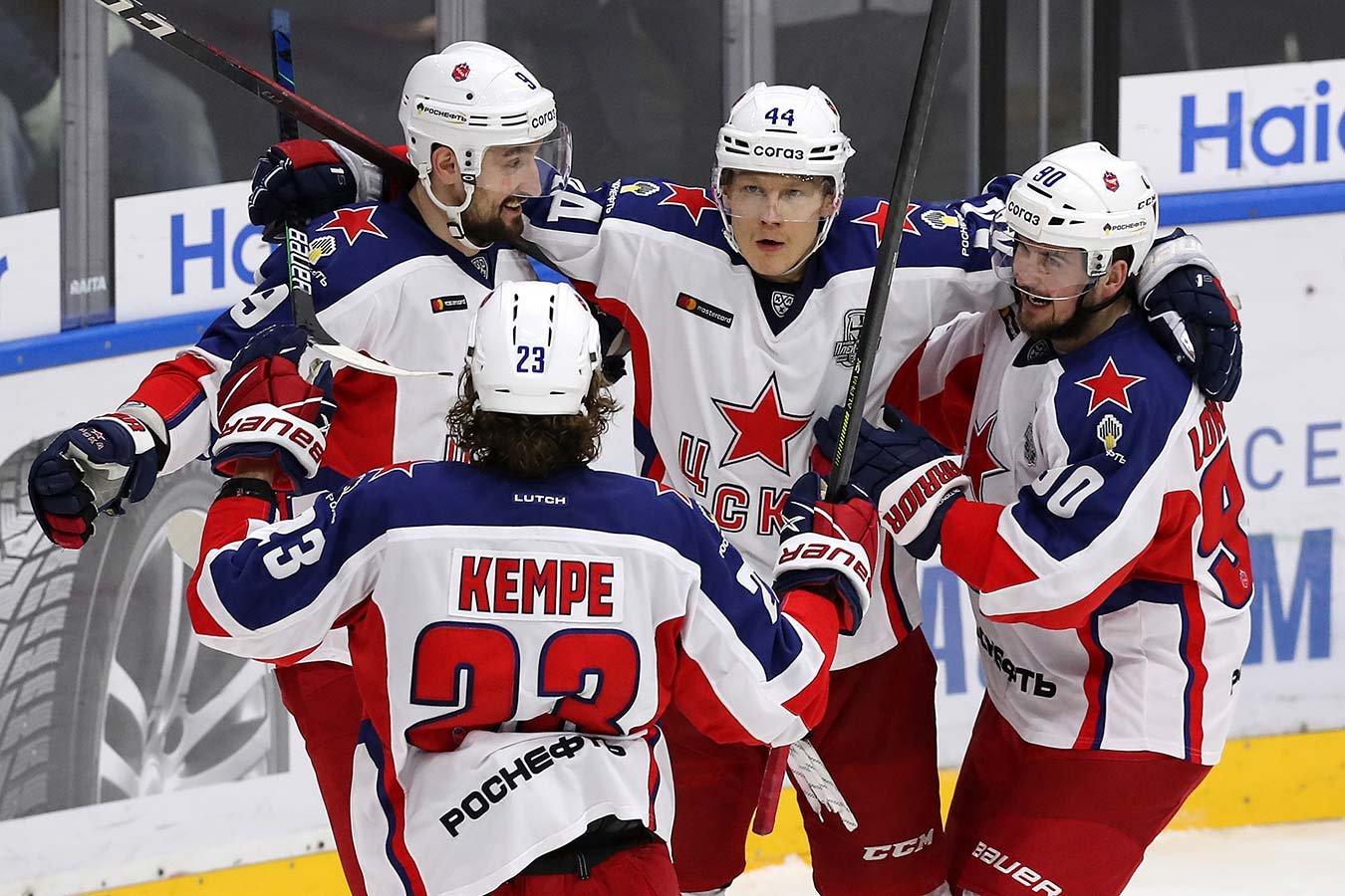 Любитель хоккея из «Фонбет» поставил ₽100 тыс. на СКА в матче с ЦСКА
