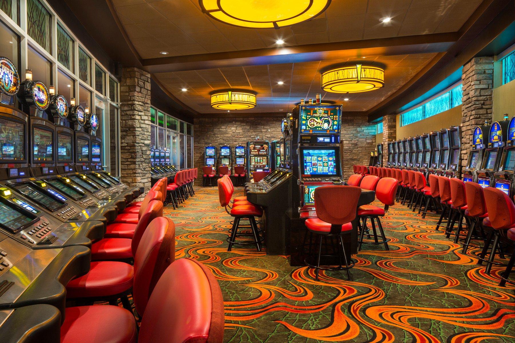 Бой Фергюсон — Гэтжи состоится в казино «Tachi Palace Resort Casino» в Калифорнии