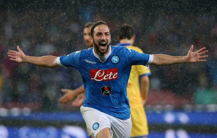 Поєдинок в Неаполі був історичним, адже Гонсало Ігуаїн за його підсумком встановив рекорд результативності в історії Серії А