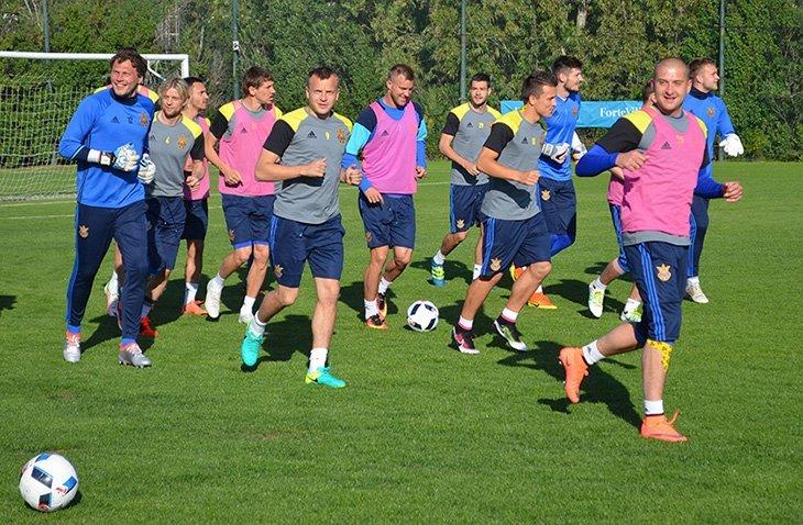 Україна зіграє перший з двох товариських поєдинків перед стартом Євро-2016