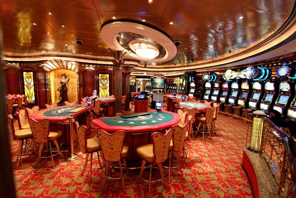 Владельцы итальянских казино требуют чиновников возместить потери из-за закрытия