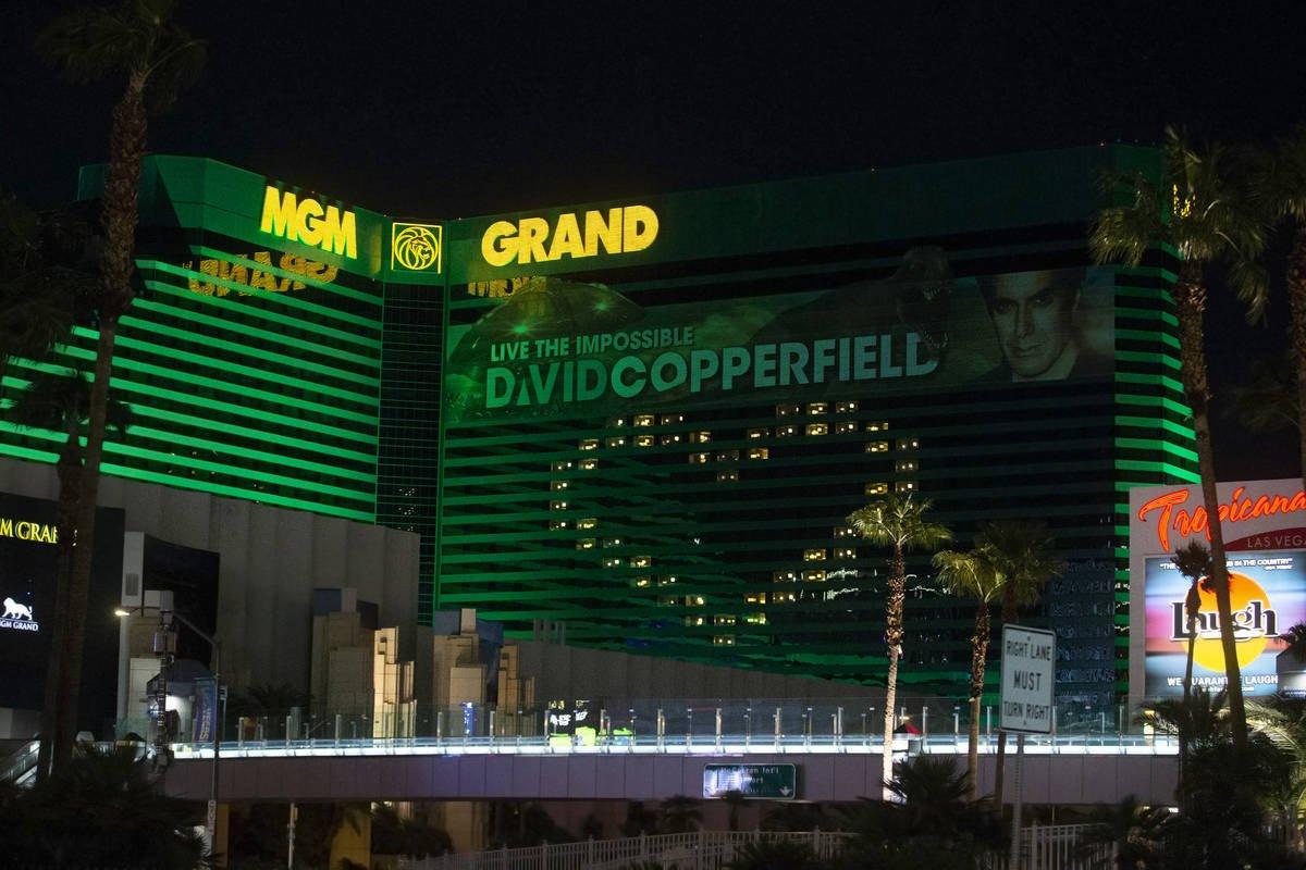 Гендиректор MGM Resorts: казино Лас-Вегаса восстановятся от коронавируса в первой половине 2022 года