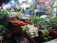 Суд Сингапура приговорил торговца овощами к тюремному заключению
