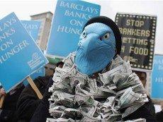 Частные акционеры в Британии протестуют против якобы завышенных доходов топ-менеджмента ряда компаний, в число которых вошел William Hill