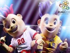 Евро-2012: сегодня - на экране компьютеров, а через неделю - на полях Польши и Украины