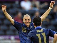 Футболисты сборной Франции Карим Бензема и Самир Насри