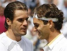Томми Хаас (слева) вряд ли станет преградой для Роджера Федерера (справа) в финале турнира ATP в немецком Галле