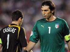 Букмекеры назвали фаворитом финала Евро-2012 Испанию, но шансы Италии оценили также высоко