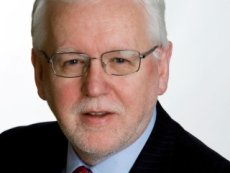 Ральф Топпинг: «Мы крайне рады, что заявка William Hill на лицензирование в Неваде предварительно одобрена».