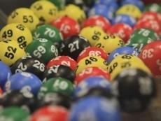 Обладатель многомиллионного лотерейного приза прикидывался неимущим ради помощи от государства