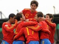 Финал Чемпионата Европы УЕФА среди юношей до 19 лет разыграют Испания и Англия, считают букмекеры