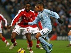 Эпизод матча между 'Арсеналом' и 'Манчестер Сити'