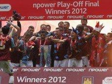Футболисты 'Вест Хэма' после выхода в Премьер-лигу