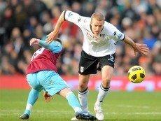 Эпизод матча между 'Вест Хэм Юнайтед' и 'Фулхэмом'