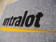 Эмблема Intralot