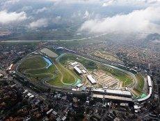 Гонка на бразильской трассе поставит точку в сезоне Формулы-1 2012 года