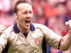 Свежий «Арсенал» с надежной обороной уверенно обыграет измотанный «Ньюкасл», полагает Ли Диксон