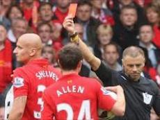 Букмекеры предлагают ставить на красную карточку в матче