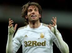 Мичу скорее останется в «Суонси», нежели уйдет из клуба, считают в Ladbrokes