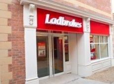 Ladbrokes будет подогревать интерес клиентов, транслируя спортивные события