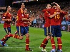 Испанцы обыграют финнов на пути к защите чемпионского титула