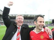 По крайней мере, следующий сезон САФ и Гиггз проведут в «Манчестер Юнайтед» вместе