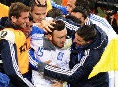 Букмекер оценивает вероятность побед Австралии и Греции коэффициентом 2.9