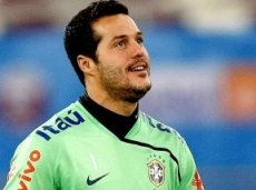 Пока Сезар играет в Бразилии, в Европе за него развернулась борьба