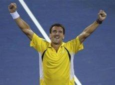 В четвёртом круге Робредо обыграл Федерера