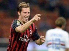 «Милан» победит в Амстердаме