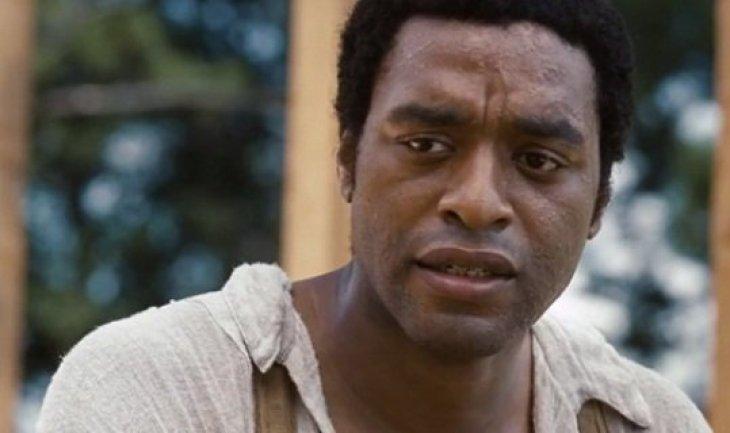 Британский актер со сложнопроизносимым именем произвел впечатление на критиков