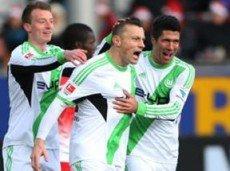 """""""Вольфсбург"""" постарается не проиграть на выезде в Дортмунде"""