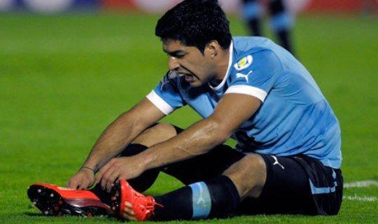 Уругвай справится и без Суареса