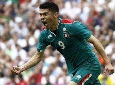 Перальта дарит победу сборной Мексики