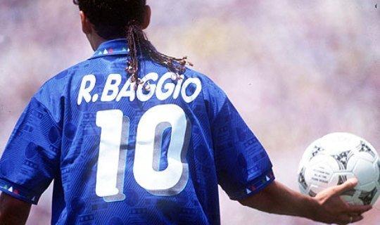 Роберто Баджо благодаря своей прическе получил прозвище