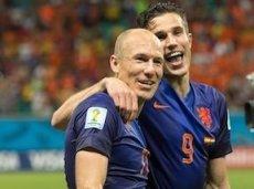Арьен Роббен и Робин ван Перси камня на камне не оставили от сборной Испании